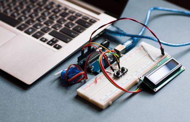 Electronics Manufacturing for Kickstarter Product Launches - TechGeek365