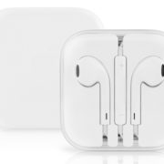 OEM Apple Bundle (Lightning Cable – Cube Charger – Earpods)
