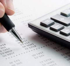 why you should consider a bookkeeping service