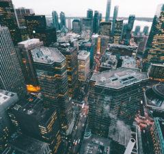 how blockchain is revolutionizing banking & financial markets